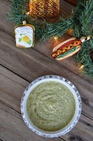 Hot Dog It's a Food Blog: Roasted Garlic Broccoli Cheese Soup