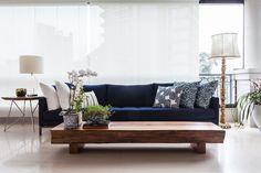 Reforma traz ambientes integrados e ar moderno para apartamento