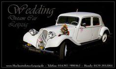 Mit einem Citroën Oldtimer vor den Traualtar. Dieses tolle Gefährt gibts bei leipzig-oldimer.de. Mehr Infos unter: http://hochzeits-auto.info/hochzeitsauto/leipzig-oldtimer-de-hochzeitsautos-mit-chauffeur