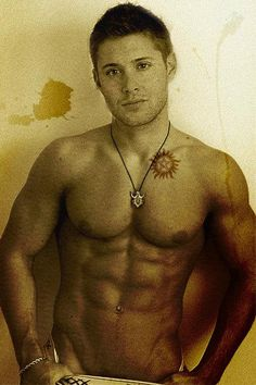 Jensen Ackles--OMG, I never even imagined that's what was under his shirt ... wow, Wow, WOW.