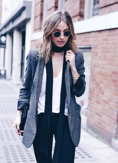 how to dress like a parisian, boyfriend blazer neck scarf #streetstyle | THE AUGUST DIARIES