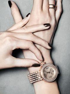 OPS, I'm late! #vancleef #vancleefandarpels #watch #luxury #rosegold #diamonds #creativeacademy