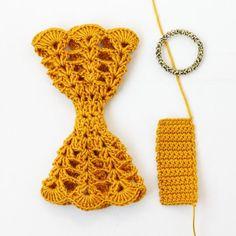 Crochet bow - attaching elastic
