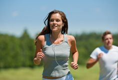 How to Trick yourself into Enjoying Cardio? #EnjoyingCardio #CardoExercises #BestWorkoutsforCardio Know More... http://homehealthbeauty.in/health/fitness/how-to-trick-yourself-into-enjoying-cardio/