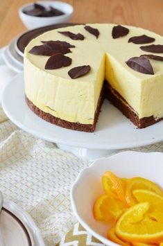 Csokoládés narancskrémtorta Tart Recipes, Cupcake Recipes, Sweet Recipes, Cookie Recipes, Cold Desserts, No Bake Desserts, Chocolate Orange Cheesecake, Hungarian Desserts, Orange Creme