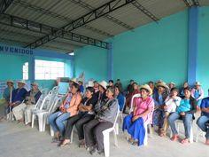 Los Productores del Caserío San Miguel de  la Provincia de Morropon del Distrito de Santo Domingo participando de la capacitación, durante la charla informativa realizada por el personal técnico de la Gerencia Regional Saneamiento Físico Legal de la Propiedad Rural- PRO RURAL.