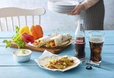 Φανταστικό σουβλάκι τυλιχτό και αραβική πίτα-featured_image Food Categories, Fresh Rolls, Chicken Recipes, Tacos, Homemade, Cooking, Ethnic Recipes, Drink, Summer
