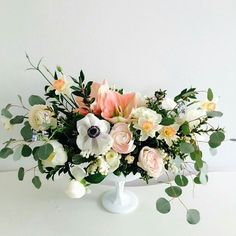 fabulous vancouver wedding Happy Friday!  Today's #flowercrushfriday comes from Fort Langley based @floralista. #flowerfriday Vancouver florist #weddingflorist by @davieandchiyo  #vancouverflorist #vancouverwedding #vancouverwedding
