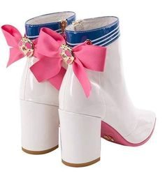 """sailor moon x grace gift collaboration"" Sailor Moon Outfit, Sailor Moon S, Sailor Moon Cosplay, Sailor Moon Boots, Sailor Moon Crystal, Sailor Moon Clothes, Sailor Venus, Sailor Mars, Kawaii Fashion"