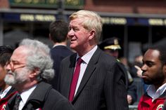 William F. Weld, the twice-elected former Republican governor of Massachusetts, has agreed to run for vice president with former Gov. Gary Johnson of New Mexico.