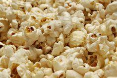¿Por qué comemos palomitas de maíz en el cine?
