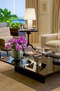 Projeto Zize Zink Arquitetura e Interiores Decor, Home Living Room, Room Design, Home Decor, Room Remodeling, House Interior, Home Deco, Interior Design, Living Decor