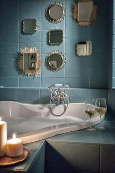 Csempefestés GY.I.K. | Kicsi Ház Bathroom Lighting, New Homes, Flooring, Mirror, Home Decor, Pretty, House, Bath Room, Bathroom Light Fittings