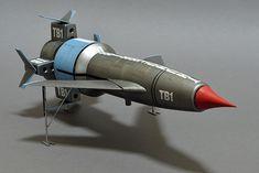 Aoshima's 1/144 scale Thunderbird 1 Bruce Salmon Vintage Toys 1960s, Thunderbird 1, Thunderbirds Are Go, White Spirit, Sci Fi Models, Lost In Space, Futuristic Design, Black Lamps, Batmobile