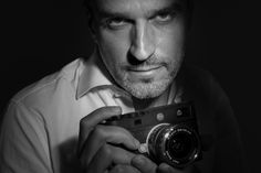 Piepaolo –   A portrait of Pierpaolo Bessio, another great friend of mine, Leica enthusiast and great Street Photographer ( www.instagram.com/bessio.ph )  Pierpaolo Bessio with my Leica M10 and the Zeiss Biogon 25mm f2.8