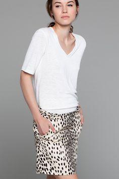 Basic V Neck T & Leopard Mini Skirt