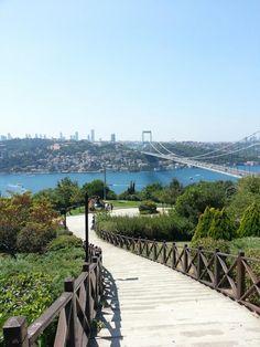 Beykoz, İstanbul'da Park Aesthetic Photography Nature, Nature Photography, Travel Photography, Best Greek Islands, Istanbul Travel, Beach Wallpaper, Turkey Travel, City Landscape, Hagia Sophia