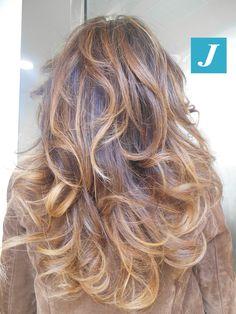 L'accessorio più trendy per una donna? Il Degradé Joelle! #cdj #degradejoelle #tagliopuntearia #degradé #igers #musthave #hair #hairstyle #haircolour #longhair #ootd #hairfashion #madeinitaly #wellastudionyc