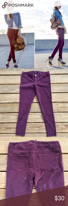 """AE Corduroy Jeggings Perfect for fall! 🍁🍂🍁NWOT AE maroon corduroy super stretch jeggings. They go great with flats or tucked inside of boots!                                   🔸Material is 99% cotton and 1% spandex. 🔸They have a 29"""" inseam and laying flat the waist is 16"""" American Eagle Outfitters Pants Skinny"""