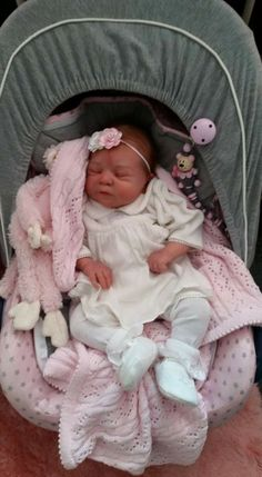 Baby Lisa Zodoriya ( daughter of Mehlise ) Baby Dolls For Sale, Life Like Baby Dolls, Life Like Babies, Real Baby Dolls, Realistic Baby Dolls, Baby Girl Dolls, Cute Babies, Reborn Baby Dolls Twins, Bb Reborn