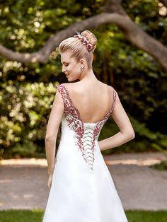 Nora wedding dress, country style wedding dresses - Point Mariage - Ewedding