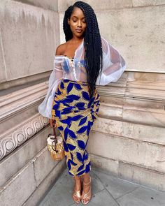 31 Awesome African Fashion Style Ideas You Never Seen Before African Wear Dresses, African Fashion Ankara, Latest African Fashion Dresses, African Print Fashion, Africa Fashion, African Attire, Fashion Prints, African Prints, African Fabric