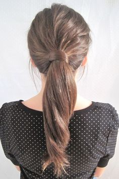What a great way to dress up a ponytail for those with longer hair!
