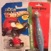 ANGRY BIRD PEN AND HOTWHEEL SET BOTH HARD TO FIND