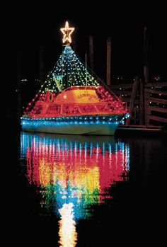 decorated boats for christmas | Cool boat decorated for Newport ...