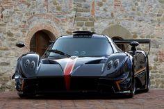 Pagani Zonda Revolucion unveiled packing 800 hp