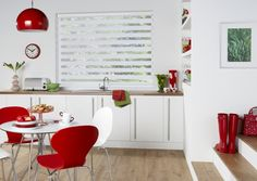 Doskonale połączenie klasycznej bieli z hiszpańskim temperamentem - czerwienią. Nasze #rolety idealnie komponują się z nowoczesnymi wnętrzami.