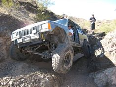 Jeep Cherokee XJ owning the trails