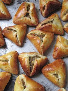 La cuisine d'ici et d'ISCA: Pirojki au boeuf