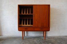 Chase & Sorensen // highboard with record storage