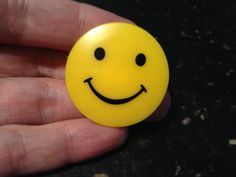 Vintage YELLOW Plastic SMILEY FACE BROOCH Pin Costume Jewelry #DecoPics