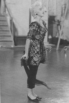 Madonna in her hostess outfit on the set of True Blue directed by James Foley. Madonna True Blue, Madonna 80s, Madonna Outfits, Best Female Artists, Female Singers, Hostess Outfits, Divas Pop, Michigan, Hex Girls
