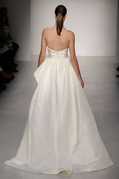 Amsale  TAGS:Floor-length, Strapless, Train, Gold, Ivory, Amsale, Silk, Tulle, Elegant, Romantic