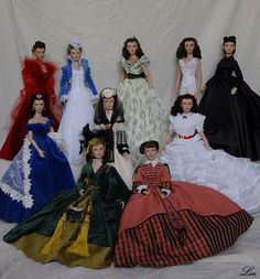 Scarlett dolls Estas bonecas são do Gone with the Wind Museum in Jefferson, TX. Scarlett O'hara, Marie Osmond, Vintage Barbie, Vintage Dolls, Fashion Dolls, Ashton Drake, Vivien Leigh, Mini Vestidos, Gone With The Wind