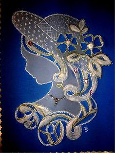 Beautiful inspiration for goldwork Brush Embroidery, Embroidery Works, Machine Embroidery Patterns, Hand Embroidery Designs, Embroidery Stitches, Ribbon Embroidery, Vellum Crafts, Parchment Design, Parchment Cards