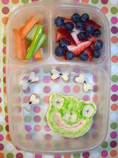 Frogs and Flies lunch @Kelly Teske Goldsworthy Lester / EasyLunchboxes @CuteZcute