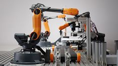 Mirobot's 6 Axis Robot Lends a Hand on Your Desktop Industrial Robotic Arm, Industrial Robots, Exoskeleton Suit, Learn Robotics, Machine Vision, Robot Arm, Computer Setup, Robot Design, Dibujo
