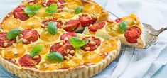 Tomaten quiche met basilicum - Leuke recepten Veggie Quiche, Frittata, Vegetable Pizza, Tarte Tartin, Little Bites, Savory Tart, Ricotta, Hawaiian Pizza, Guacamole