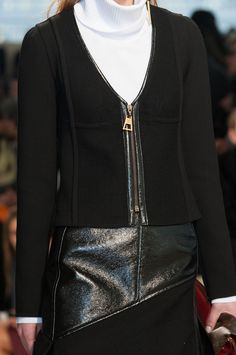 Louis Vuitton Fall 2014 Runway Pictures - StyleBistro