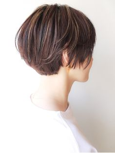 88 Gorgeous Pixie Haircuts for Older Women - Hairstyles Trends Asian Short Hair, Asian Hair, Girl Short Hair, Short Hair Cuts, Short Bob Haircuts, Girl Haircuts, Short Hairstyles For Women, Cool Hairstyles, Shot Hair Styles