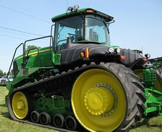 John Deere 9630T ---Got to take one of these bad boyz for a spin....can you say Heaven!