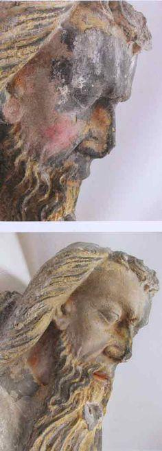 Fig.6 Les deux premières étapes du dégagement des repeints du visage de Dieu. En haut : retrait du repeint rose clair recouvert de croûtes noires mettant au jour le deuxième repeint rose foncé. En bas : après dégagement du deuxième repeint, mise au jour du premier repeint rose pâle recouvert d'un voile grisâtre.  Crédit : M. Oiry©