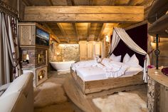 Luxurious chalet retreat in Alpbachtal – holiday cottage rental in Alpbachtal -… - Home Page Chalet Design, Chalet Style, Bedding Master Bedroom, Home Bedroom, Cabins In The Woods, House In The Woods, Block House, Ad Architectural Digest, Chalet Interior