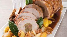 Vi proponiamo laricetta dello chef Luca Montersino per preparare il carrè di maiale farcito, un secondo piatto decisamente importante che viene servito in questo caso con contorno di patate e funghi. La ricetta è quella vista nel programma Accademia Montersino e prevede per 4-6 persone un taglio da circa 2 kg di carrè di maiale.…