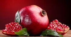 granatalma-10-jotekony-hatasa-amirol-meg-biztos-nem-hallottal-hihetetlen-hogy-ez-gyumolcs-mennyire-egeszseges Food Hacks, Food Tips, Minion, Pear, Vitamins, Berries, Spices, Strawberry, Herbs