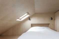 http://www.domusweb.it/content/domusweb/en/news/2014/09/20/plywood_house.html